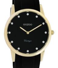 Γυναικείο ρολόι ΟΟΖΟΟ με μαύρο χρώμα καντράν και με μαύρο χρώμα λουράκι. Η διάμετρος της κάσας είναι 38mm και είναι κατασκευασμένη από μέταλλο.